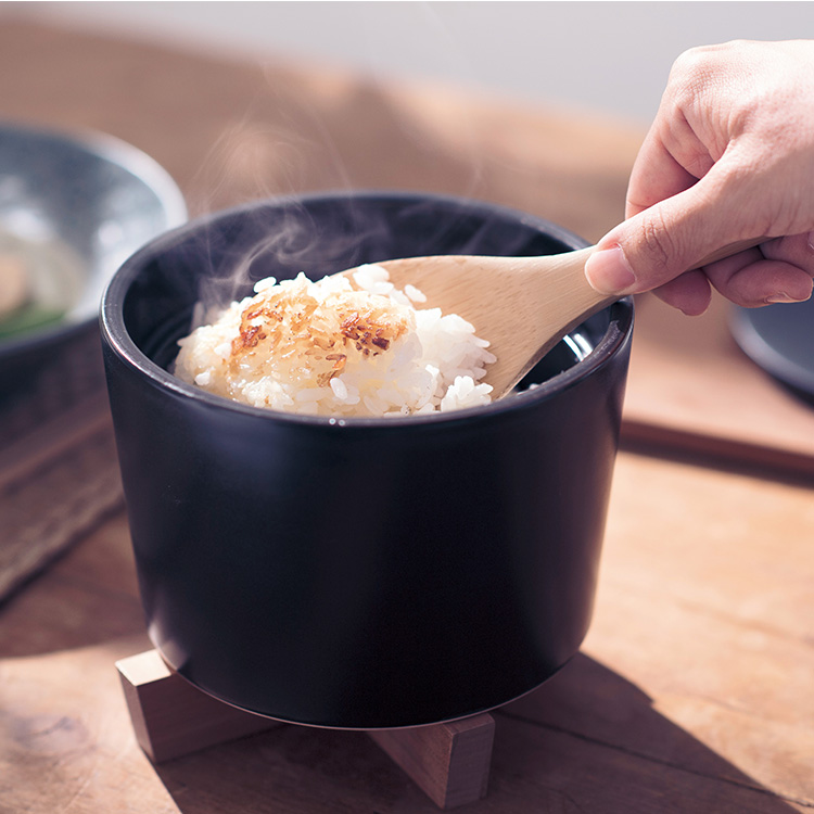 Coto コト踊って知らせる炊き立てごはん鍋。 kusu kusu works (クスクスワークス)