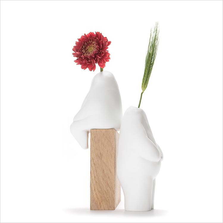 ふらわーまん ひとがた 花器 すわり たち いちりんざし おはな 花瓶 プラスディー