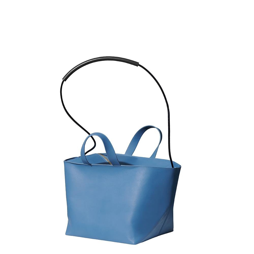 バッグ,革,コルガ,ルボア,ruboa, corga,トートバッグ,ミニトート,tote,totebag,レザー,日本製,CUBE,キューブ,軽い,軽量,斜めがけ,ショルダーバッグ,肩掛け
